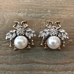 [Boutique] Queen Bee Stud Earrings